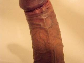 awesome cock would love to feel it pulsing and shooting in my hands