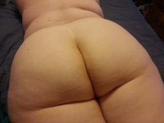 Never get tired of looking at that sweet ass.