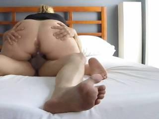 I love watching huge dick screw my pussy