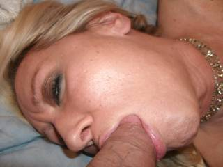 hmm...bet my tounge in your pussy would feel good while you have that cock in your mouth