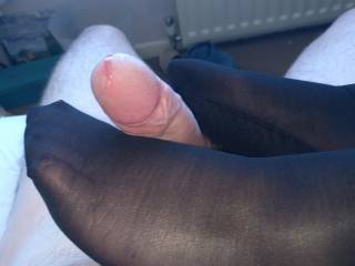 Finally got the wife to give me a footjob