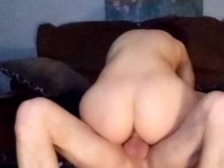 Love watching her ass bounce