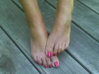 love my young wifes hot little toes..