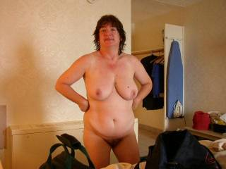 Fantastic body ! Love the big fat tits and hairy pussy