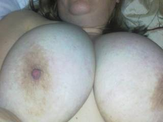 Great Set Of Big Tits To Suck On And Fuck. Could Cover Them Beauties With Lots Of Hot Cum.