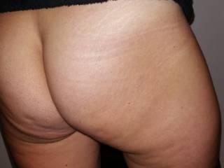 lovely wife\'s butt !