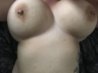 trouble\'s big tits and collar... her head off the edge of the bed sucking my cock