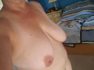 Amateur women free lingerie photos