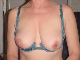 I would love to cum again and again and again all over them and that sexy blue bra for you