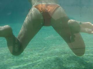 I'm dreaming of being there to take off your bikini and taste your sweet slit underwater