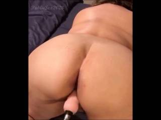 Watch my ass jiggle the first time using the sex machine. 