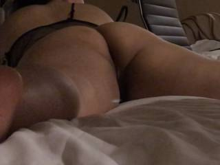 Who would like to enter?! Would love to watch her get fucked real good! 😛