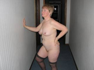 Mmmm love your pose ?, beautiful,would love to share an office with you, xxxxxxxxx,s.