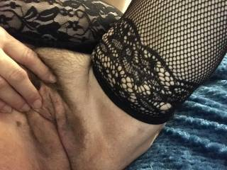 Wanna cum play big balls and cock wanted