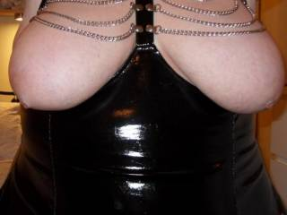 fucking hell now your talking....... OMG WOW so sexy and i love fetish wear so much i bet you look even better full view xxx can we see please xx