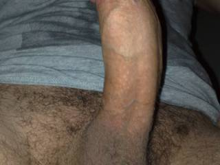 anyone want my fat cock?????