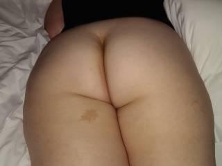 love her big thick ass