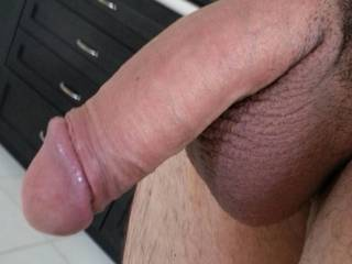 Freshly shaved balls ready for a good lickn