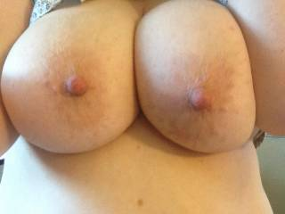 MMMMMMMMMMM I would love to lick & suck on your BEAUTIFUL TITTIES anytime SEXY!!!