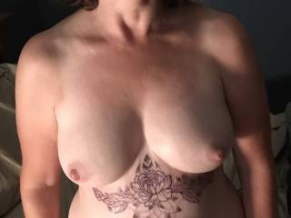 Everybody says they love my tits...can I please get a nice hard cock to give them a tribute? Who knows where it could lead!😜