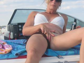 Show off that hot pussy on old boat