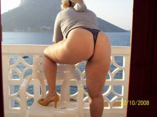 Very hot. I love your thonged ass and those heels are really turning me on. Will you leave them on during sex? Please say yes.