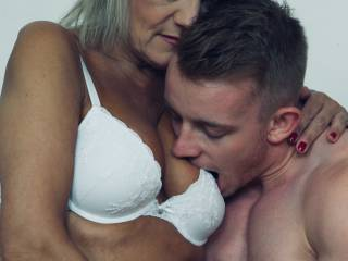 Younger guy wanted to experience a mature