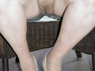 upskirt of wife seated with tan tights no knickers and hairy weel used cunt