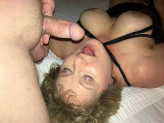 Sucking that boy cock!!