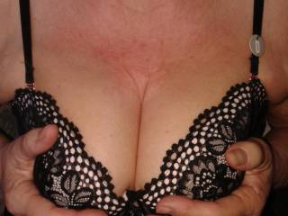 I like the way this bra holds my tits, they don\'t look bad do they?