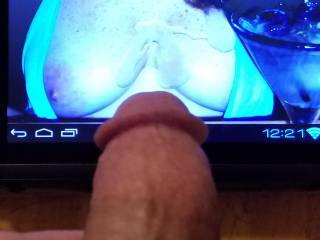 """Cum on the perfect tits of""""Sdoes""""enjoy all"""