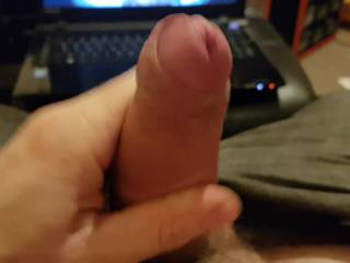 I\'d already cum 3 times this evening, but decided to blow one more load to some porn before bed. When you don\'t have a woman around to give you a hand, what else can I do?