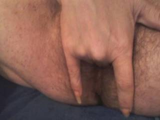 Love to lick your fingers and your pussy mmm