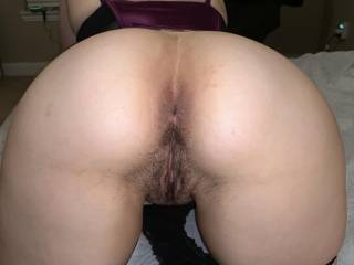 Hubby loves my ass and likes to rim me while I talk dirty. It gets me crazy wet!