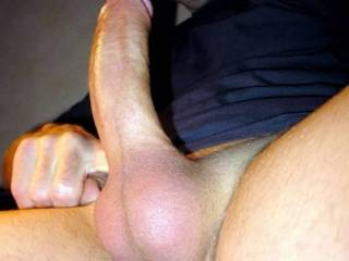 mmmmmmmmmmm, love that big cut juicy cock