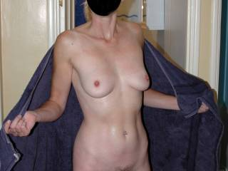 Wife flashing her tits and pussy