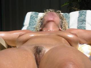oooohhhh, sooo sexy, would love to fuck your tight pussy babe, and suck your puffy lips, mmmmm xxx