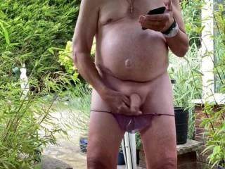 Feels great being naked in garden to wank for zoig