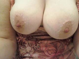 I would love to feel my hard cock between your amazing titties...