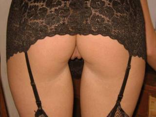 I love how your sexxxy lil pussy lips hang out from under your lace-lingerie from behind!!! It gives me something to wonder about getting too and tasting!!!!!!!