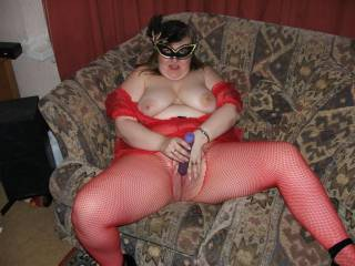 This is soooooooo hot I hope you like some of my pics and maybe we will meet in the chat room. I love toy pics,  you have me stroking