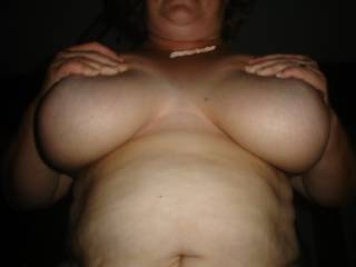 mmmm i would love to cum over your amazing breasts