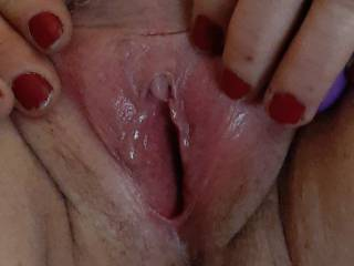 Gf started saying will u watch me play with my wet pussy so I recorded it