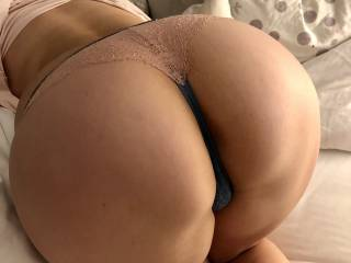 Who's dick is growing ...  love that position so much ! Have fun :)
