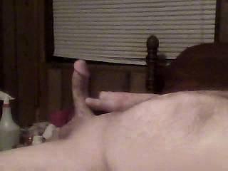 mmmm i wanna c that fat cock cum!