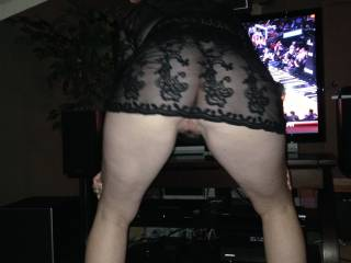 showing us her ass@@