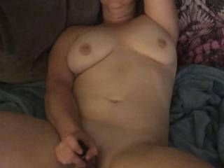 I love playing with my pussy