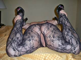 mmmm love the stockings i would love to stick my cock deep inside your pussy hard till you can't take no more