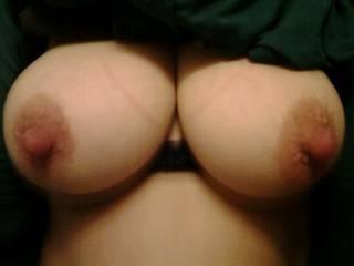 Mmmmm so perfect....and perky big nipples...I am hard...