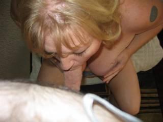 C sucking my cock